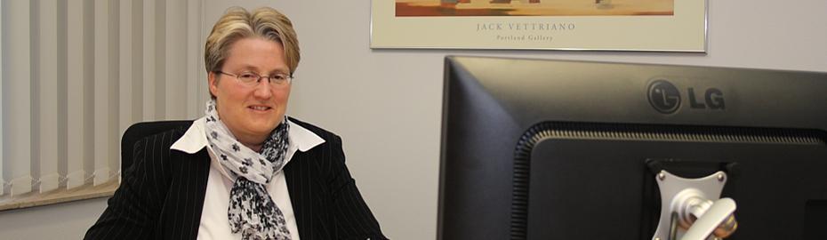 Kirstin Seebeck, Spezialistin Auslandsgeschäft